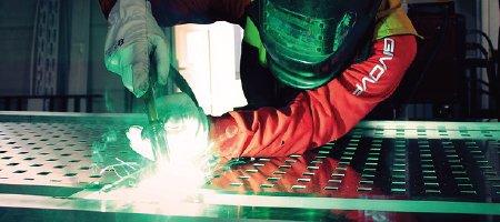 Opere in ferro e acciaio - B & B Ferro - Lavorazione metalli